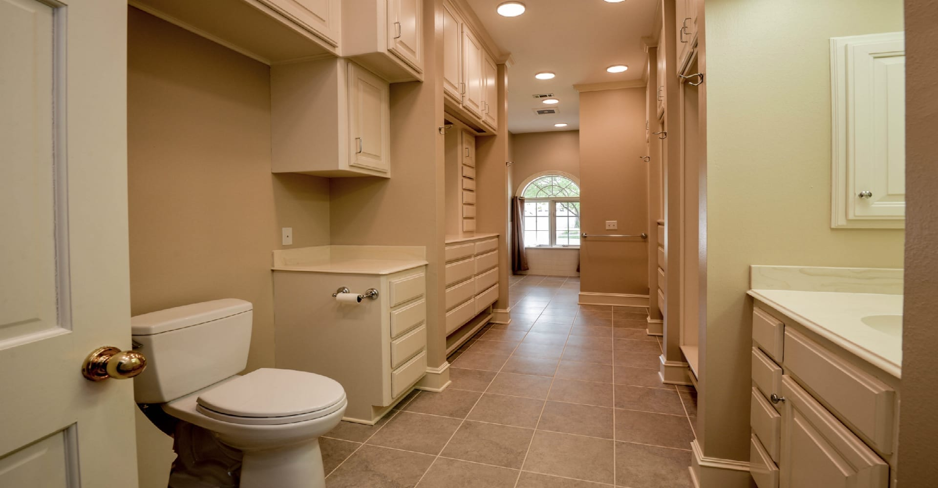 Seven-Stylish-Bathroom-Remodel-Considerations